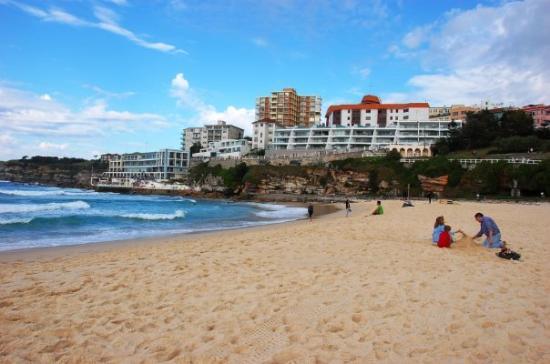 บอนดี , ออสเตรเลีย: Bondi beach.
