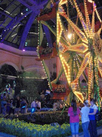 Bellagio Conservatory & Botanical Garden: Bellagio Gardens
