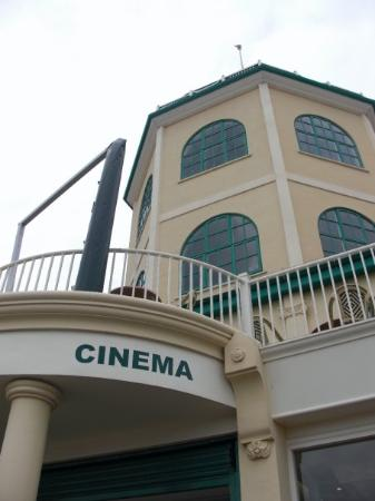 Γουόρδινγκ, UK: cinema of Worthing (very, very old!!)