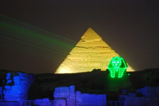 Pyramids show: love the green mask!