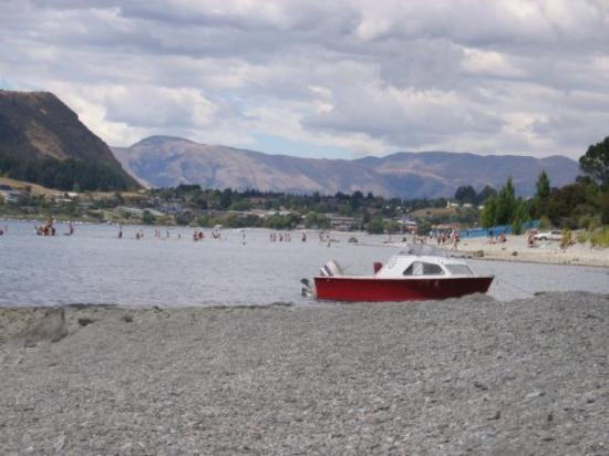 Wanaka : There was a rock festival on nearby.