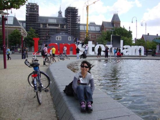 Museumplein: Eu em Amsterdã