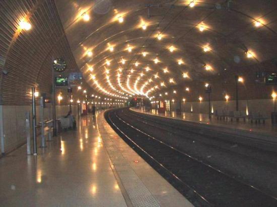 Resultado de imagen de imagenes de estaciones de tren