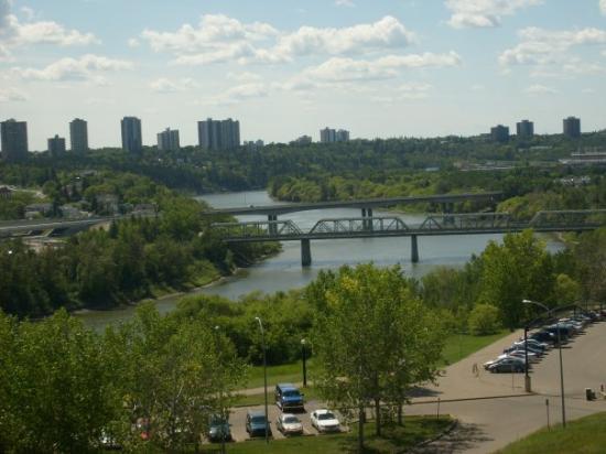 Edmonton, Canada: North Saskatchewan River Valley