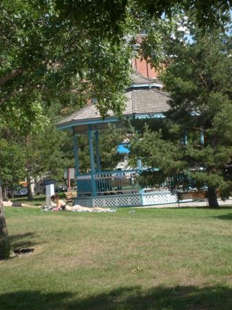 Edmonton, Canada: Grant Notley Park...100 Avenue