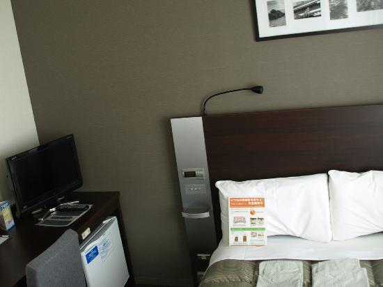 Comfort Hotel Naha Prefectural Office: こじんまりしているが清潔な室内
