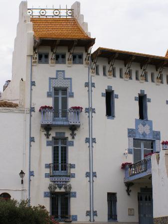 Hotel S'Aguarda : Cadaques - maison sur le port