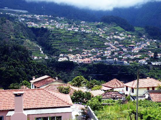 Solar Da Bica: uitzicht vanuit het raam van de kamer
