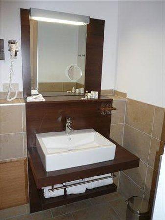 Hezelhof Hotel: Baño