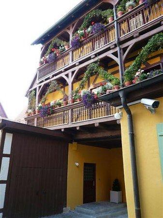 Hezelhof Hotel: Exterior