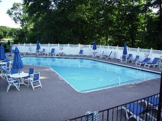 The Kenilworth Hotel: Hotel swimming pool