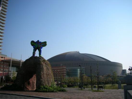 ฟุกุโอกะ, ญี่ปุ่น: 福岡巨蛋 Fukuoka Dome