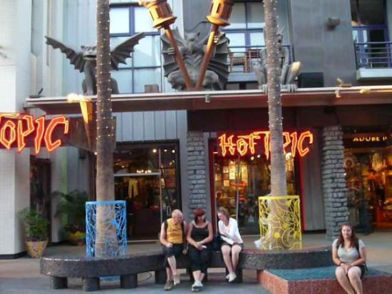 Hot Topic Universal Studios La Picture Of Los Angeles