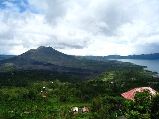 Kintamani, Indonesia: View of Mt and Lake Batur from Penelokan