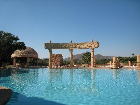 The Palace of the Lost City: Hotel Pool