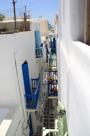 Fraskoula's Rooms: View from the terrace