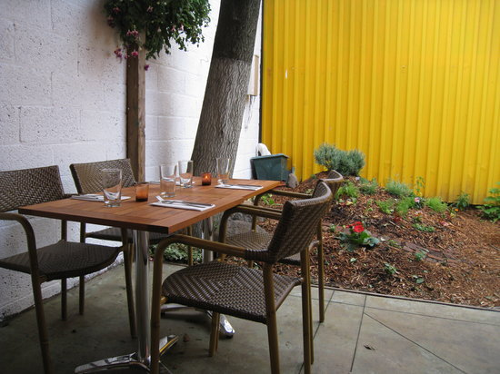 Photo of American Restaurant Anella at 222 Franklin St, Brooklyn, NY 11222, United States