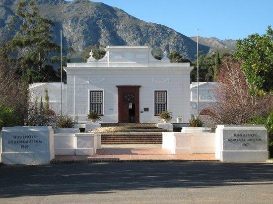 Huguenot Memorial Museum