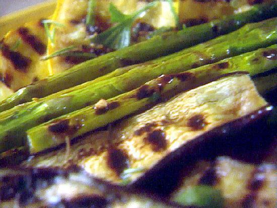 Canela Tapas & Wine Bar : grilled veggies