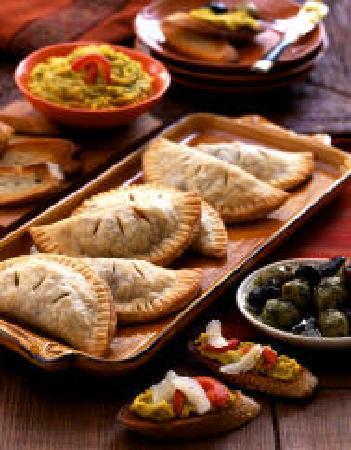 Canela Tapas & Wine Bar : empanadas