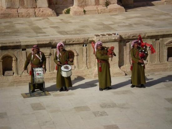 ซากปรักหักพังเยราช: Jerash - Rim izvan Rima. Perfektno očuvani čitav rimski grad koji svjedoči o veličini Rimskog Ca