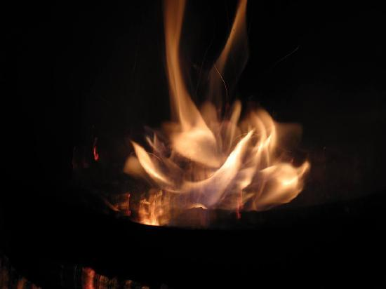 Beauview Cottage Resort: Fine evenings for Camp Fires and Star Gazing