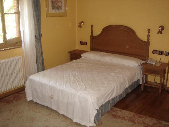 Hotel Xabier: Room