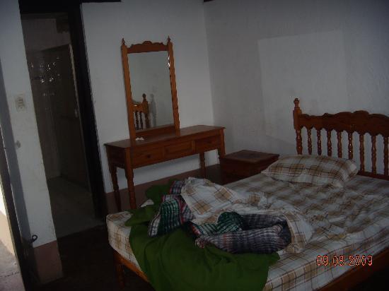 Centro Turistico de Angahuan: Bedroom (the room has 6 beds)