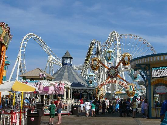 Morey's Piers and Beachfront Water Parks: Mariner's Landing Pier