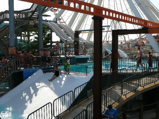 Morey's Piers and Beachfront Water Parks: Raging Waters Slide & Shotgun Falls