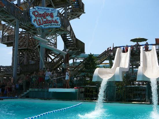 Morey's Piers and Beachfront Water Parks : Raging Waters Shotgun Falls