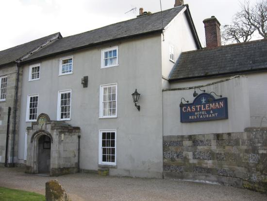 The Castleman Hotel, Chettle