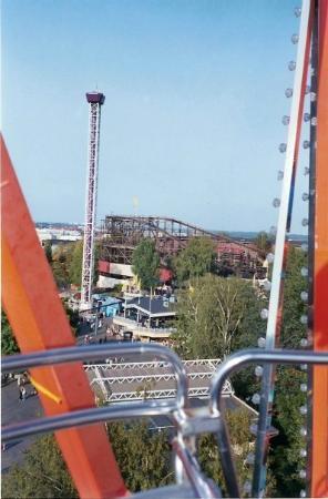 Linnanmaki Amusement Park: En el parque de atracciones