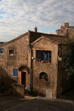 Cagnes-sur-Mer    ____________________________ Robert Radesic (c) 2009