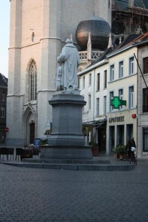 Halle, Belgien: Grote Markt - Servais