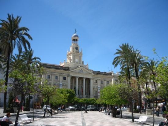 Ayuntamiento de c diz picture of cadiz costa de la luz for Ayuntamiento de cadiz recogida de muebles