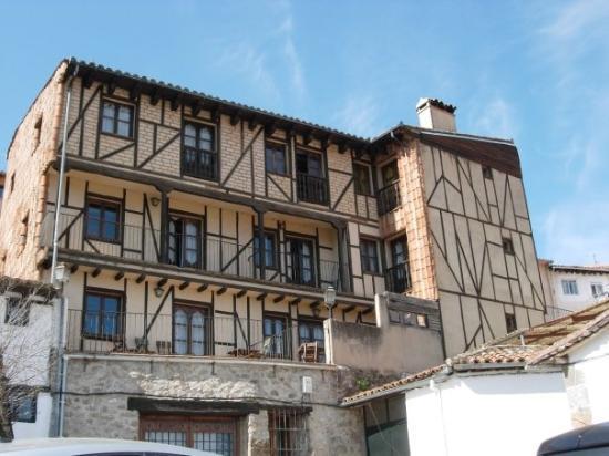 Hervas, Spanien: Apartamentos rurales en barrio Judio. Hervás (Caceres).  En Hervás es muy típico el uso de la ma