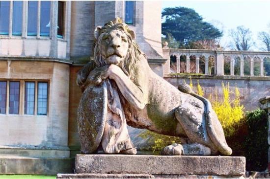 Grantham, UK: Harlaxton Manor - Lion w/shield
