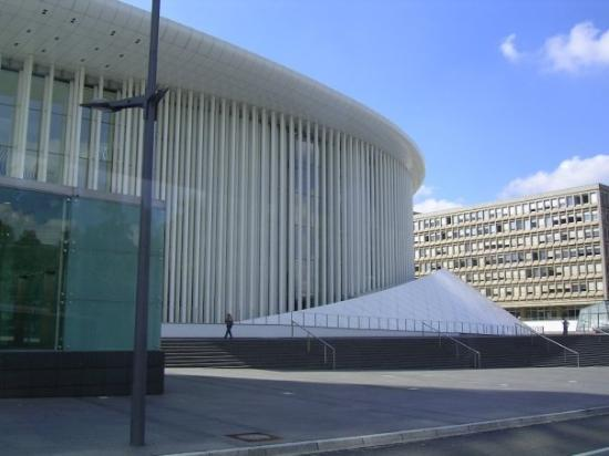 Lux opera house picture of luxembourg city luxembourg for Luxembourg house