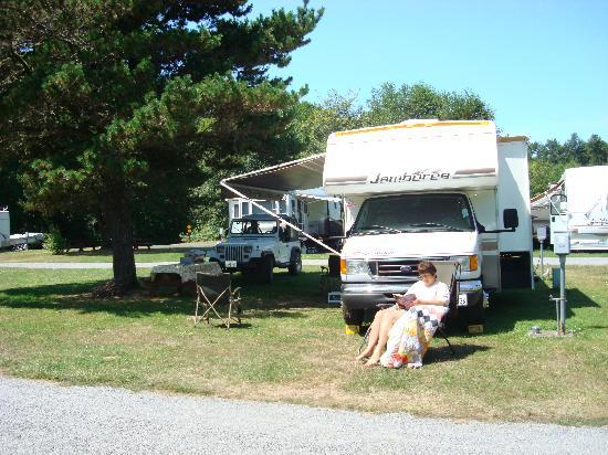 Klamath Camper Corral: Big!