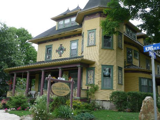 Sleepy Hollow Bed Breakfast