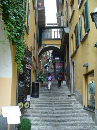 เบลลาจิโอ, อิตาลี: Bellagio stairs