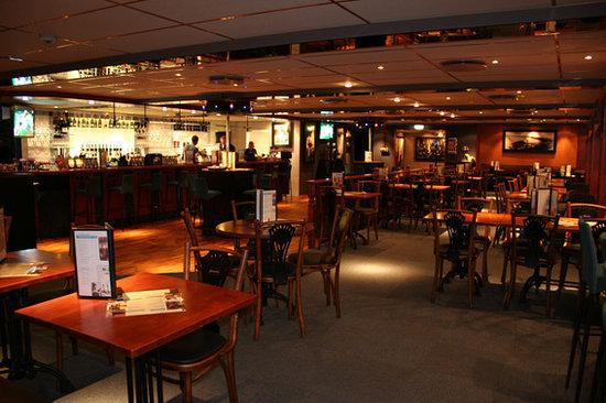Gründer Cafe & Bar