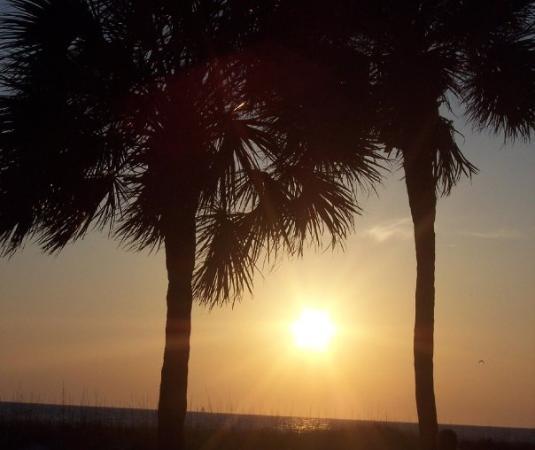 มาเดราบีช, ฟลอริด้า: Sunset Madiera Beach