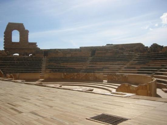 Sabratah, ลิเบีย: Magnificent late 3rd century theatre