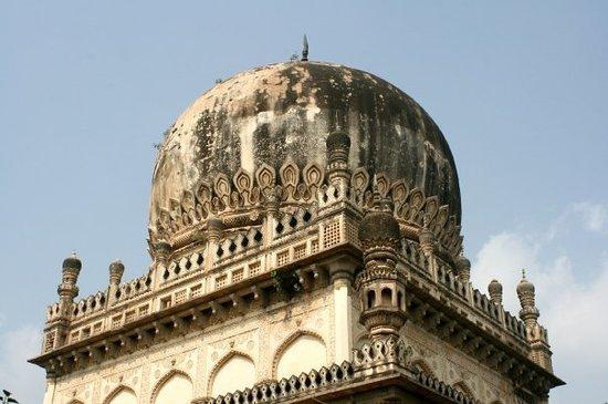 Hyderabad, Inde : Qutb Shahi Tombs