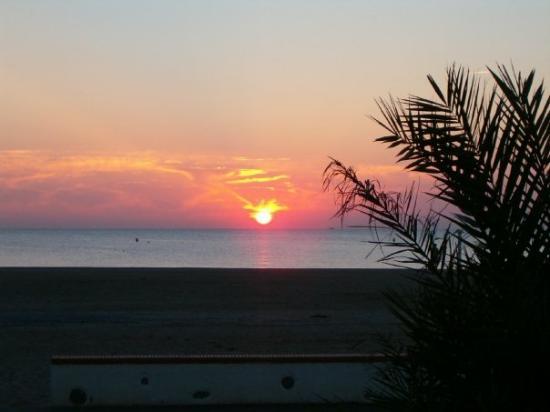 Saint-Cyprien, France: Sonnenaufgang