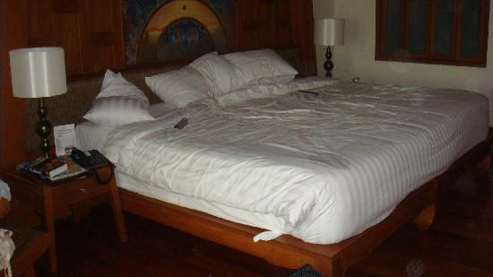 Biggest Bed Ever Picture Of Amari Vogue Krabi Nong Thale