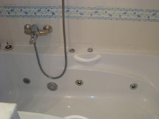 El Mouradi Hammamet: salle de bain