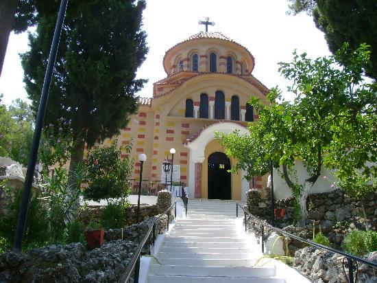 Kalithea Mare Palace: l eglise de saint nickolaus  en direction  d arhipoli